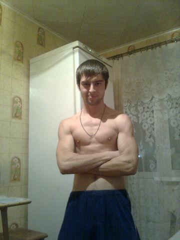 саратов геем знакомство с
